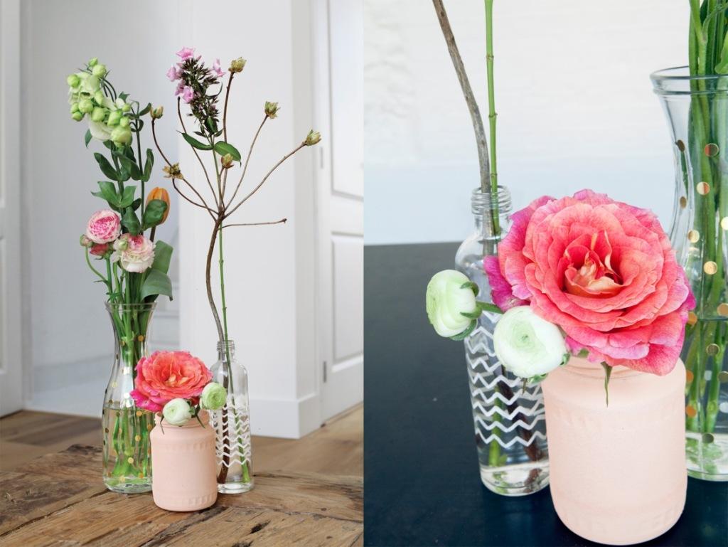 Verzameling met rozen en ranonkels